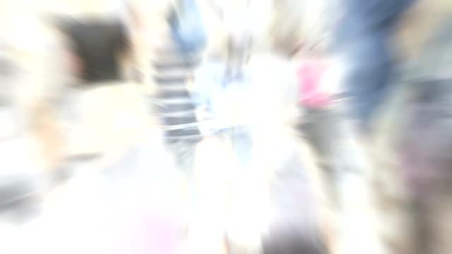 Menge: Sommer in london, Nahaufnahme-flashback (Endlosschleife)