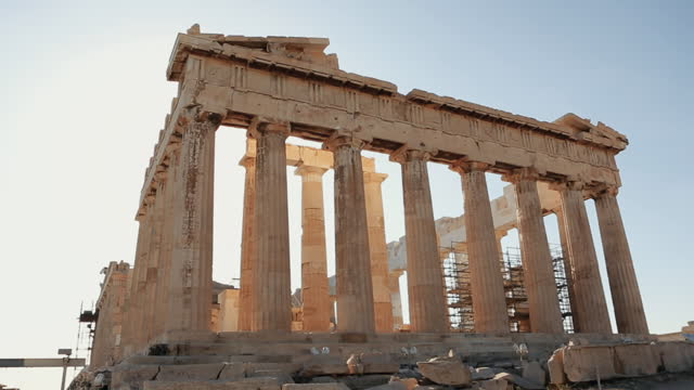 vidéos et rushes de vacances d'été en grèce: athènes et le parthénon - monument