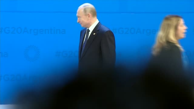 arrivals and family photocall argentina buenos aires g20 summit arrivals and group photograph argentina buenos aires g20 summit int argentina... - wladimir putin stock-videos und b-roll-filmmaterial