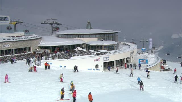 Summit restaurant KRON, ski resort plan de corones