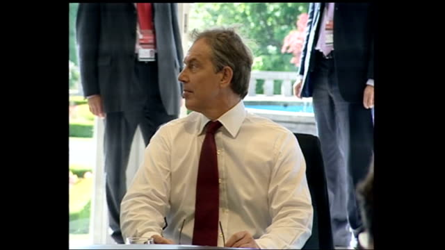 world leaders around table; scotland: gleneagles: int tony blair mp pull out gvs of world leaders sat around table with press in background - perthshire stock videos & royalty-free footage