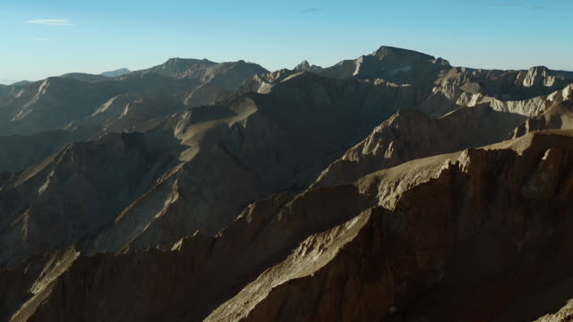 summits of the sierra nevada mountains, inyo county, california. - basin and range province stock videos and b-roll footage