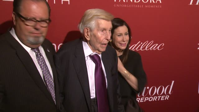 UNS: Media Giant Sumner Redstone Dead at 97