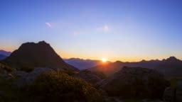 Sun rise time-lapse in the alps