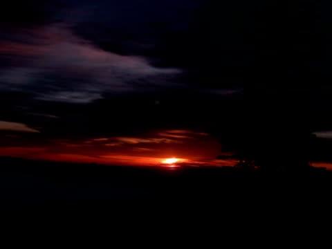 t/l sun rising over valley in the shiga kogen mountains, japan - joshinetsu kogen national park stock videos and b-roll footage