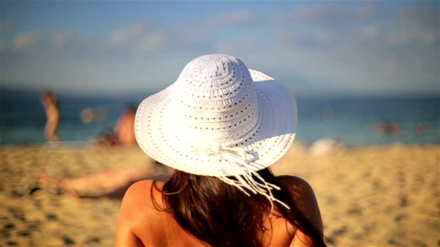 Sunbathing,b roll