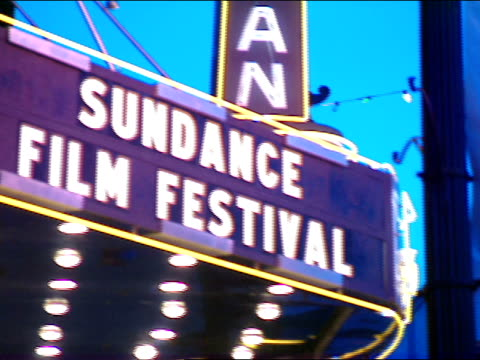 stockvideo's en b-roll-footage met dusk sundance film festival lettering on egyptian theater marquee out/in focus repeats from other side of marquee - sundance film festival