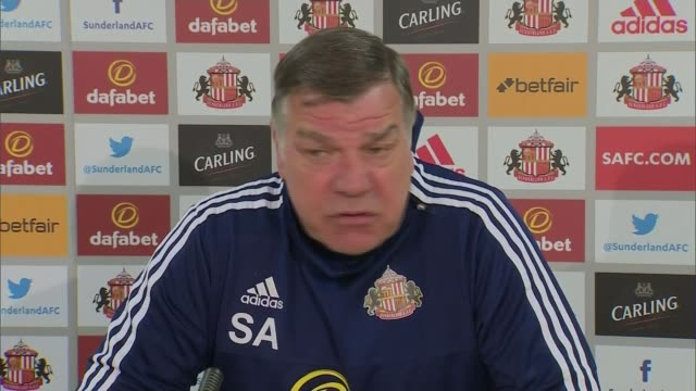 vidéos et rushes de sunderland reacts to questions of what they knew of the guilt of adam johnson england sunderland int sam allardyce press conference sot to hear that... - demander