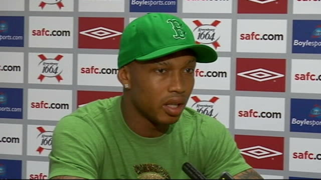 Sunderland INT ElHadj Diouf press conference SOT Here to help club win lots of games/Very happy to have Roy Keane as manager/Keane used to be very...