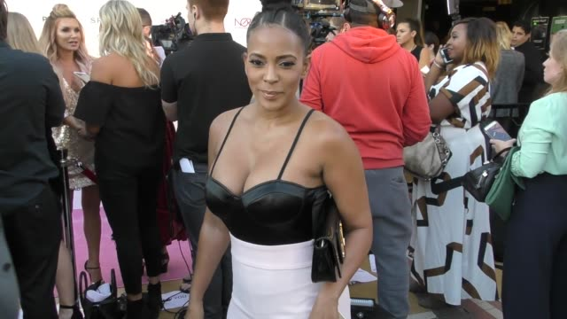 sundy carter talks about if there is a cure for cancer outside the babes for boobs event at el rey theatre in los angeles in celebrity sightings in... - celebrity sightings stock-videos und b-roll-filmmaterial
