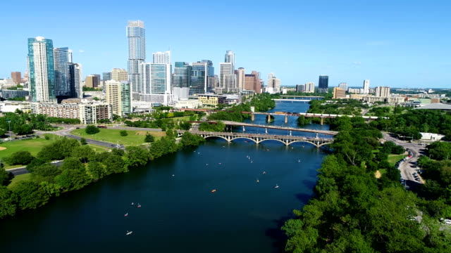 sunny afternoon in austin texas a summertime cityscape - austin texas video stock e b–roll