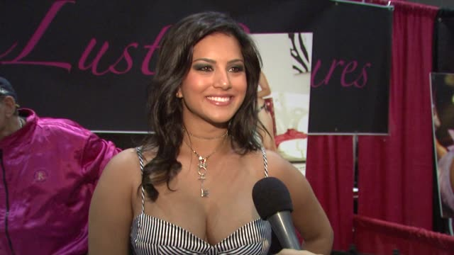 sunny leone on how the industry is able to police themselves in regards to the recent hiv scare in the adult film industry. at the erotica 2009 at... - retrovirus video stock e b–roll