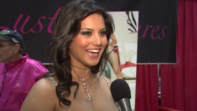 sunny leone on the recent hiv scare in the adult film industry and how much safer it is than most people know. at the erotica 2009 at los angeles ca. - retrovirus video stock e b–roll