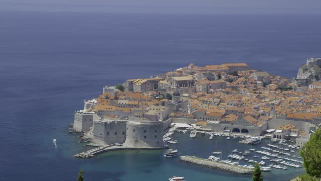 ws sunny scenic view dubrovnik,croatia - 30 seconds or greater stock videos & royalty-free footage
