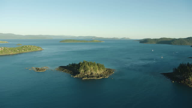 sunrise aerial fitzalan island whitsundays great barrier reef - anchored stock videos & royalty-free footage