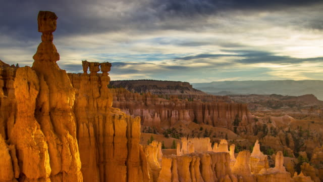 sunrise at bryce canyon - time lapse - bryce canyon stock videos & royalty-free footage