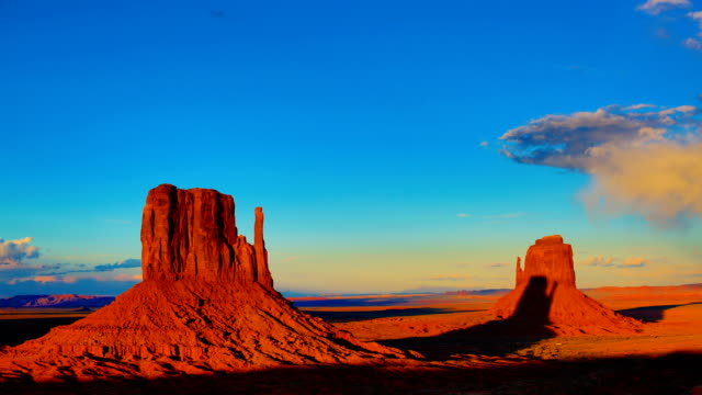 sunrise at monument valley - southwest usa stock videos & royalty-free footage