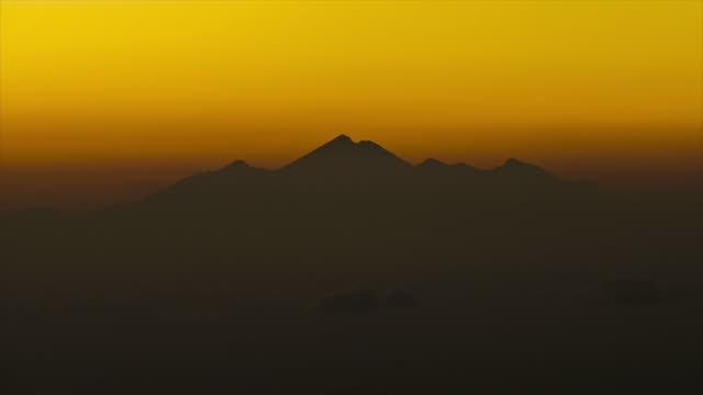 sunrise at mount rinjani, bali, indonesia - 4k time lapse - bali stock videos & royalty-free footage