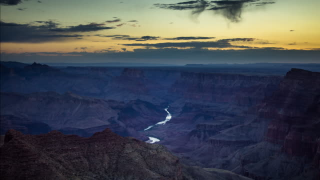 Sunrise at the Grand Canyon - Time Lapse