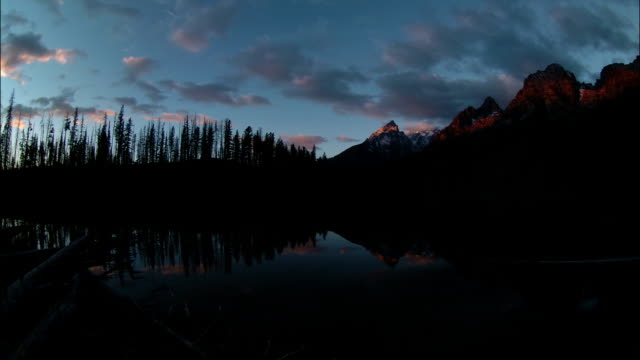 T/L, WS sunrise by lake in Grand Teton National Park, Wyoming, USA