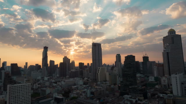 stockvideo's en b-roll-footage met sunrise. de skyline van de stad. timelapse. - hollywood california
