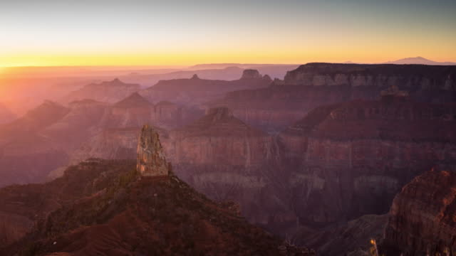 vídeos de stock e filmes b-roll de sunrise from north rim of grand canyon - time lapse - grand canyon