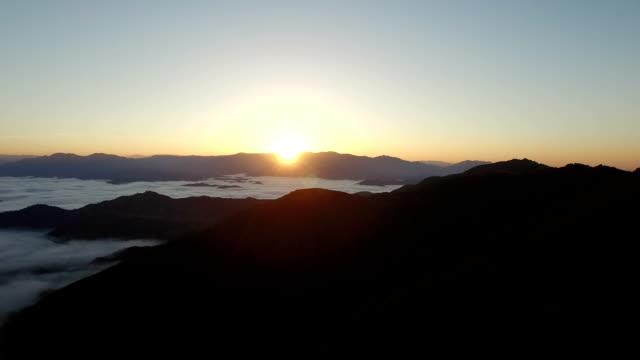sunrise in santa ynez mountains - santa barbara stock-videos und b-roll-filmmaterial