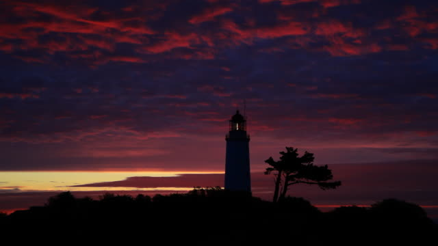time lapse sonnenaufgang lighthouse - ostsee stock-videos und b-roll-filmmaterial