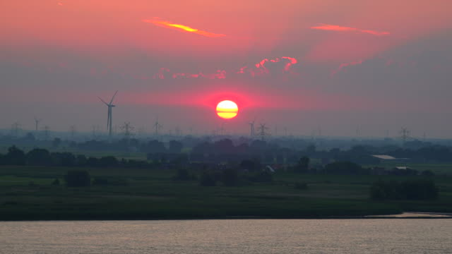 Sunrise near Brokdorf, Elbe River, Schleswig-Holstein, Germany, Europe