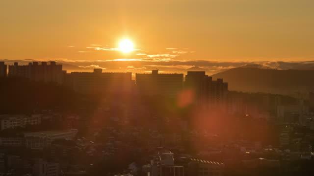 Sunrise of cityscape from Seoulseongkwak castle
