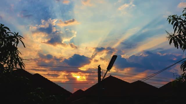 Sonnenaufgang auf Haus-TL 4 K