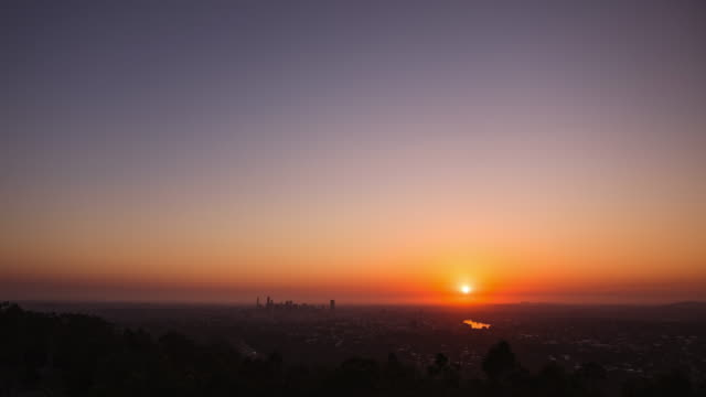 sunrise over brisbane - sunrise dawn stock videos & royalty-free footage
