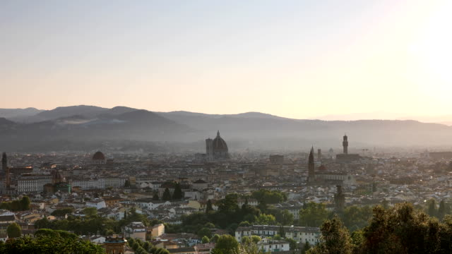 sunrise over florence - orizzonte video stock e b–roll