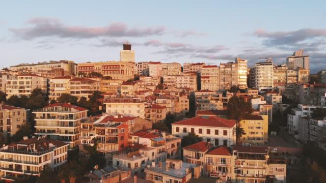 都市イスタンブールの日の出 - イスタンブール点の映像素材/bロール