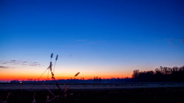 HD TIME-LAPSE: Sunrise Over The Countryside