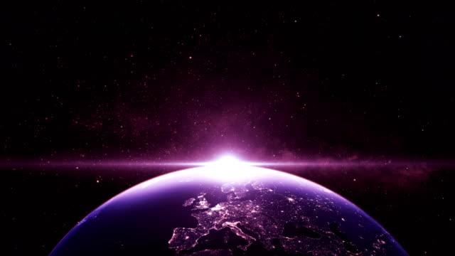 sonnenaufgang über der erde. blick vom platz - kennedy space center stock-videos und b-roll-filmmaterial