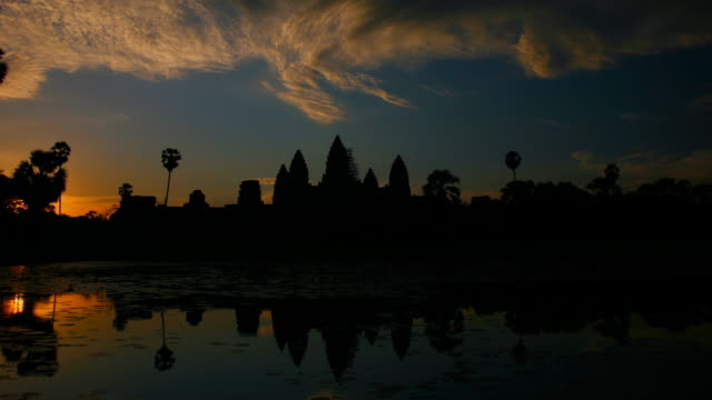t/l, ws, zo, sunrise reflection angkor wat temple / siem reap, cambodia - cambodian culture stock videos and b-roll footage