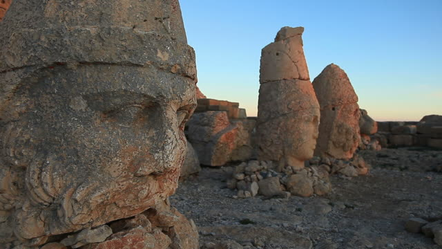 hd: sunrise; sculptures of the commagene kingdom, nemrud mountain,turkey - wide angle stock videos & royalty-free footage