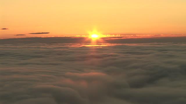 HD TIME-LAPSE: Sunrise