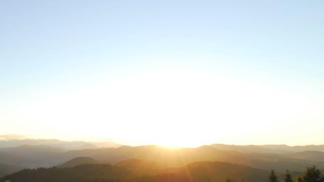 HD-ZEITRAFFER: Sunrise