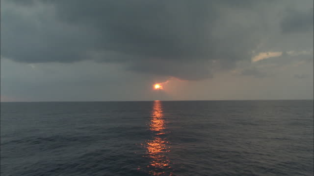 WS, Sunset above sea, Louisiana, USA