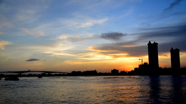 Sunset along the Chao Phraya River Time lapse