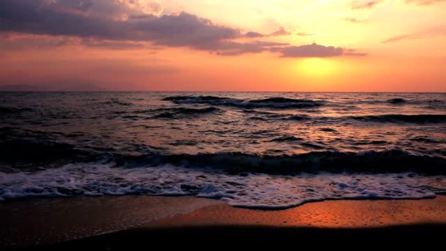 夕日と海 - 静かな情景点の映像素材/bロール