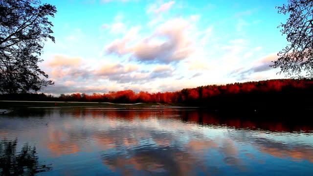 vídeos y material grabado en eventos de stock de atardecer en el lago - distrito de los lagos de inglaterra