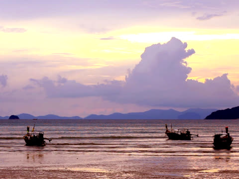 pal: sunset at railay beach (video) - railay beach stock videos and b-roll footage