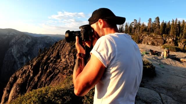 solnedgång vid yosemite national park-taft point - yosemite nationalpark bildbanksvideor och videomaterial från bakom kulisserna