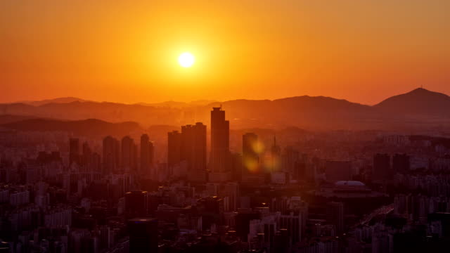 sunset cityscape / mok-dong, yangcheon-gu, guro-gu, seoul, south korea - red stock videos & royalty-free footage