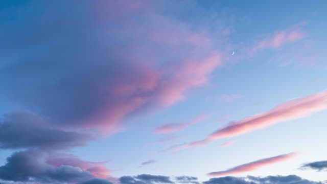 sunset cloudscape time lapse - sky only stock videos & royalty-free footage