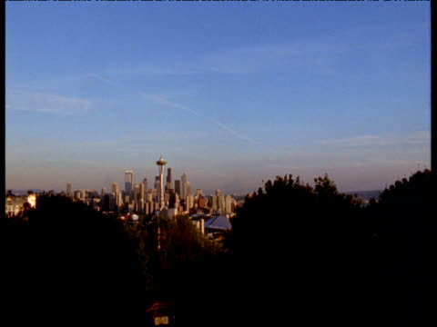 Sunset falls over city, Seattle