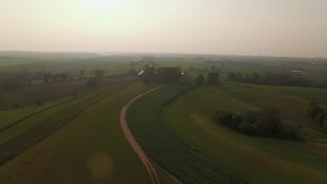 sunset farm - ウィスコンシン州点の映像素材/bロール